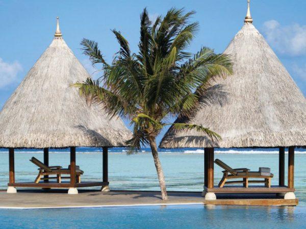 Four Seasons maldives at kuda huraa open spa area