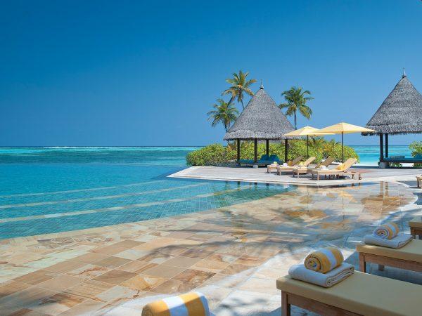 Four Seasons maldives at kuda huraa sun deck