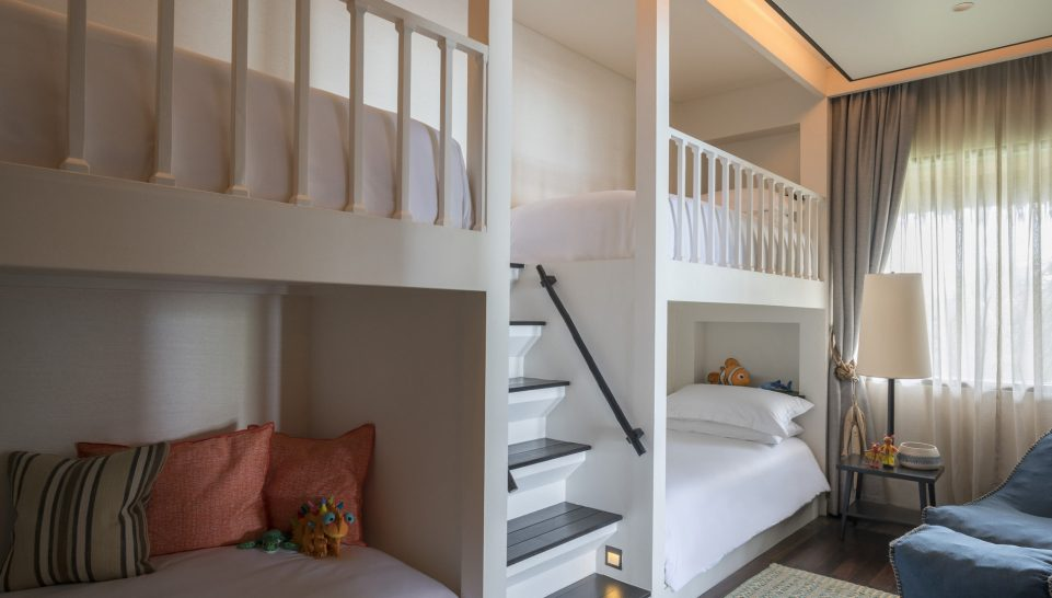 Four Seasons maldives private island at voavah Childrens Room