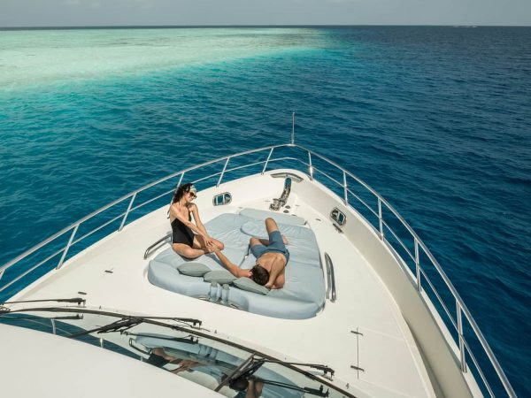 Four Seasons maldives private island at voavah private yacht