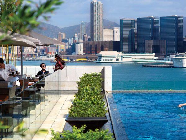 Fours Seasons Hotel Hong Kong pool