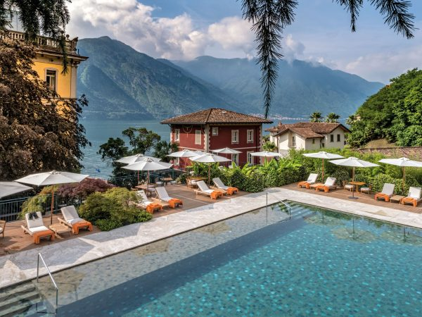 Grand Hotel Tremezzo Flower Pool