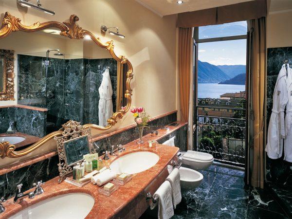 Grand Hotel Tremezzo Lake View Deluxe Bathroom