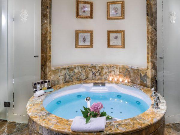 Grand Hotel Tremezzo Suite Greta Bathroom