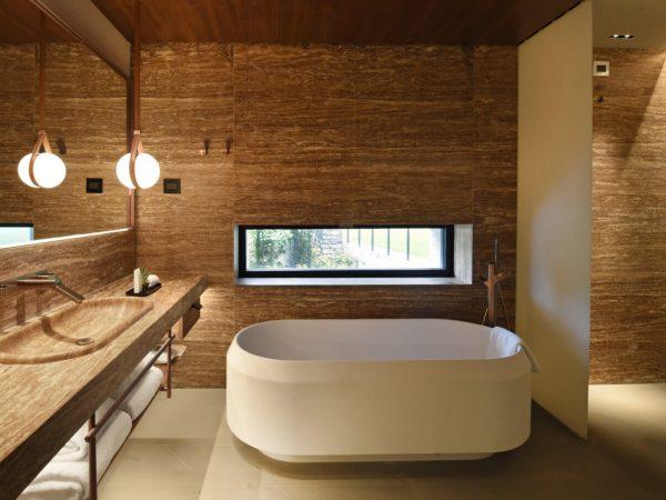 Il Sereno Hotels Family Grand Cornor Suite Bathroom