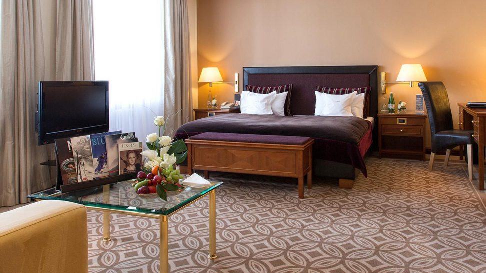 Kempinski Grand Hotel Des Bains St. Moritz Classic Junior Suite