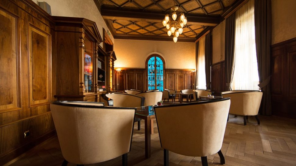 Kempinski Grand Hotel Des Bains St. Moritz Kempinski smokers lounge and library