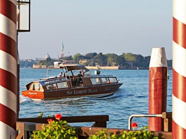 Kempinski Hotel boat service