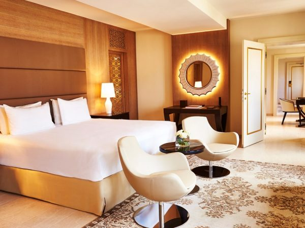 Kempinski Hotel navigante suite bedroom