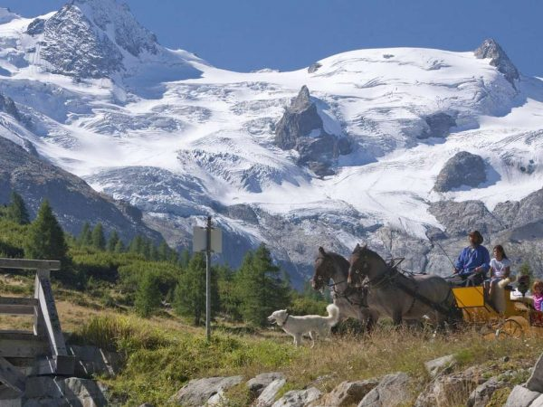 Kulm Hotel St. Moritz Horse-drawn carriage rides