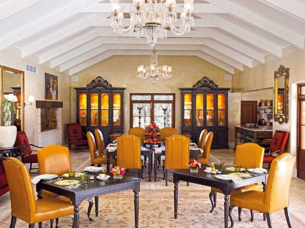 La Residence Villas Terrace Dinning Room