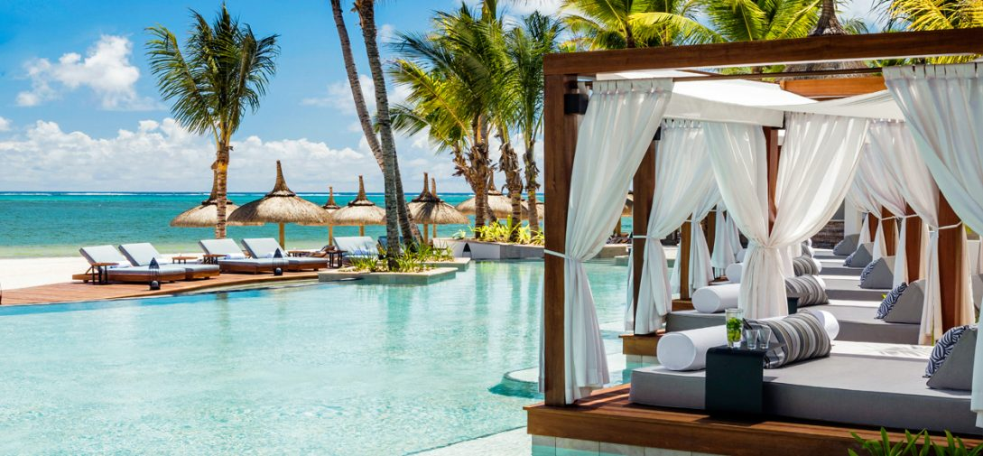 One and Only Le Saint Geran Mauritius Spa pool