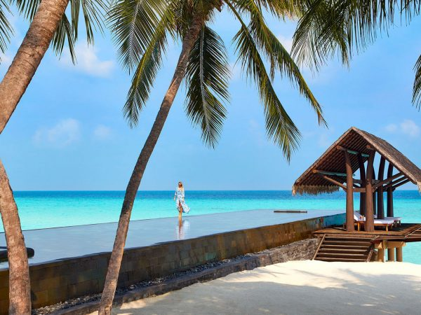 One and Only Reethi Rah Maldives Lobby