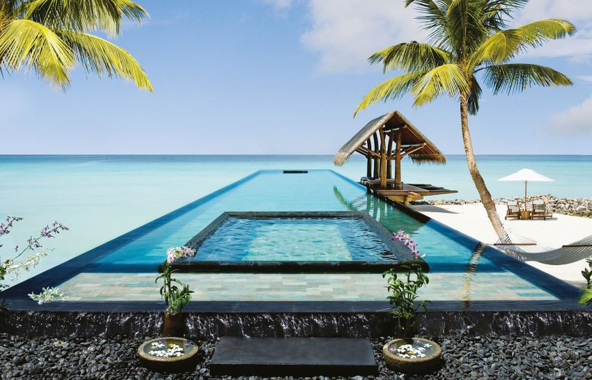 One and Only Reethi Rah Maldives pool