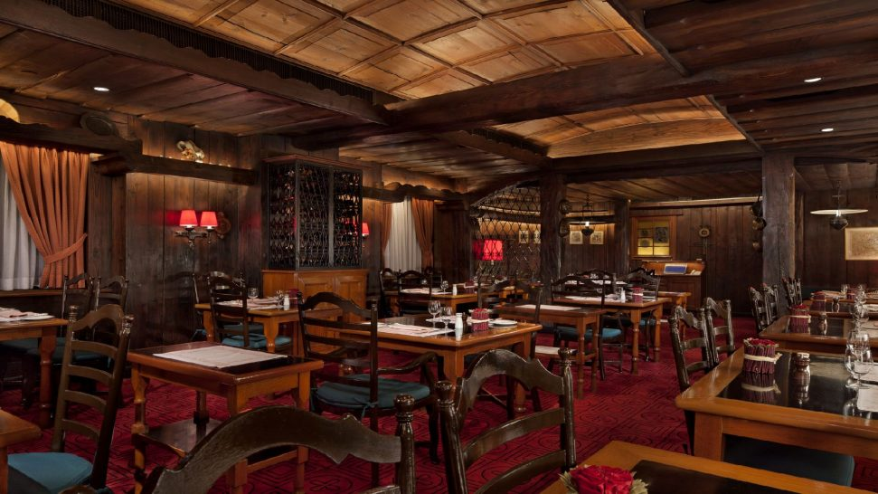 The Peninsula Hong Kong Chesa Restaurant