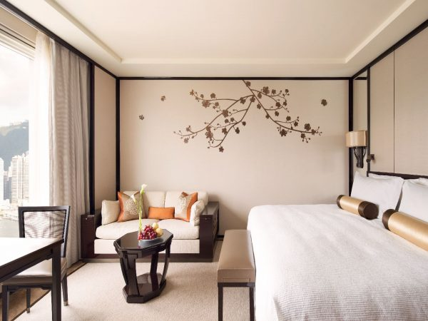 The Peninsula Hong Kong Grand Deluxe Harbour View Room