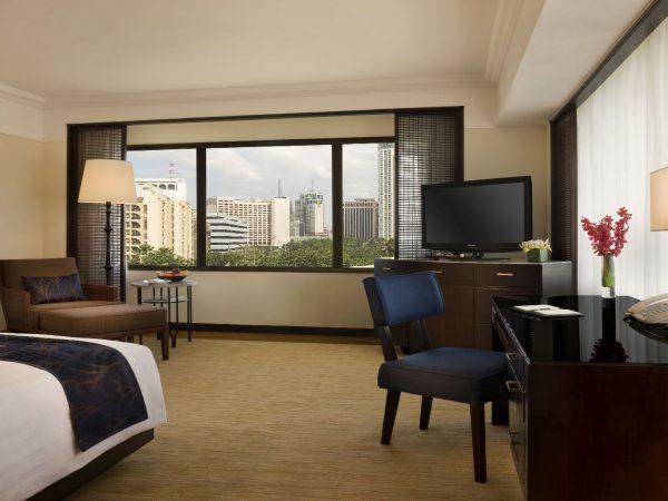 Peninsula Manila Grand Deluxe Room