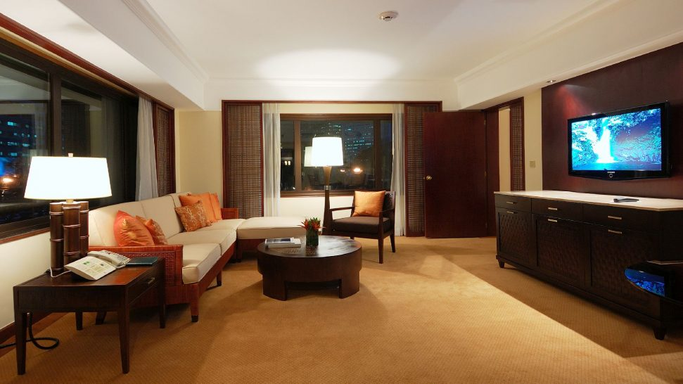 Peninsula Manila Premier Suite
