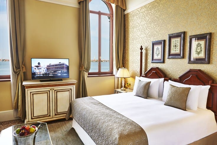 San Clemente Palace Kempinski Venice Deluxe Room w Lagoon View