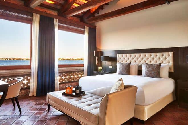 San Clemente Palace Kempinski Venice San Clemente Suite Bedroom