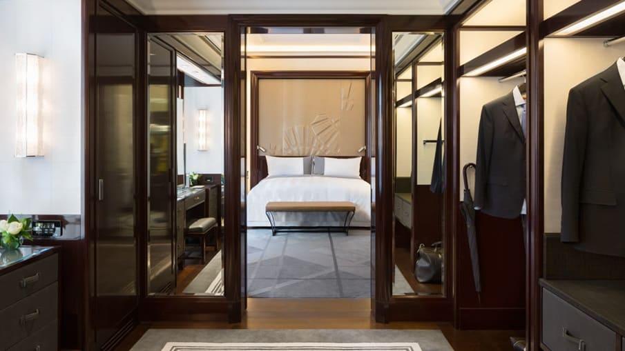 The Peninsula Paris Superior Suite