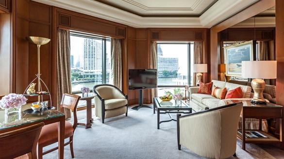 The Peninsula Bangkok Deluxe Suite