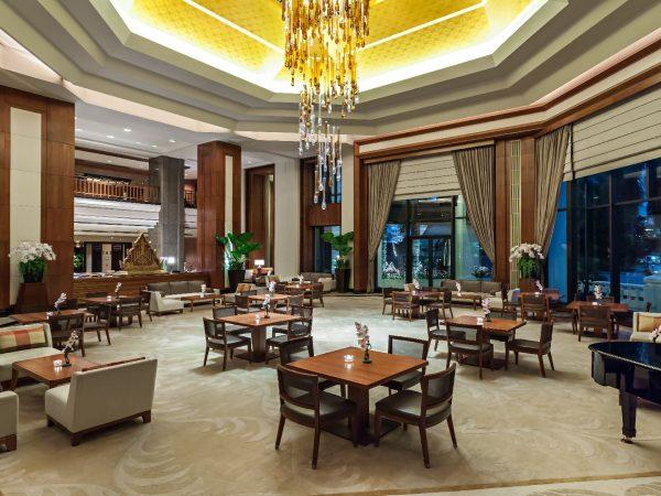 The Peninsula Bangkok The Lobby