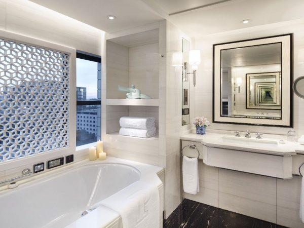 The Peninsula Beijing Suite bathroom