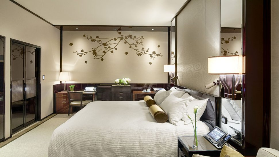 The Peninsula Hong Kong Deluxe Room