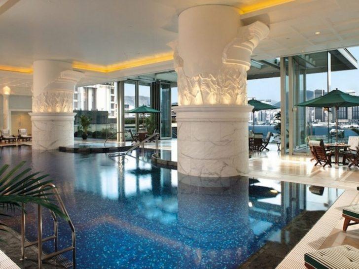 The Peninsula Hong Spa Pool