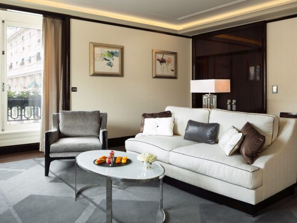 The Peninsula Paris Grand Premier Suite Living room