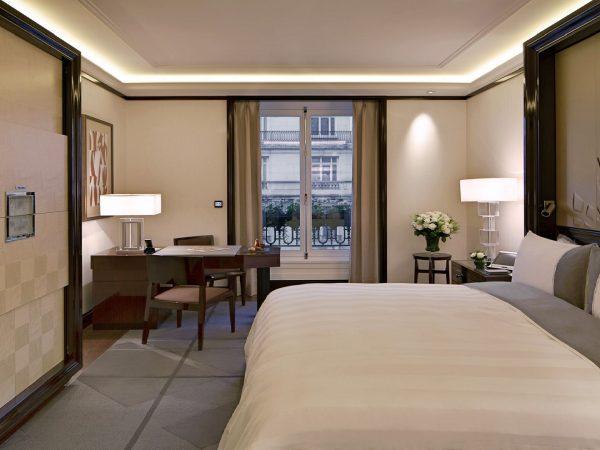 The Peninsula Paris Superior Room