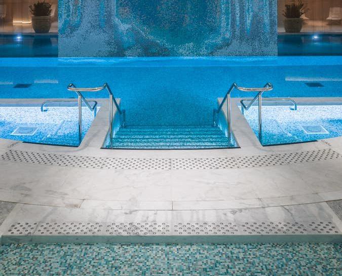 The Peninsula Paris Swimming Pool
