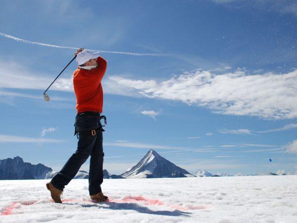 Victoria Jungfrau Grand Hotel Winter Golf