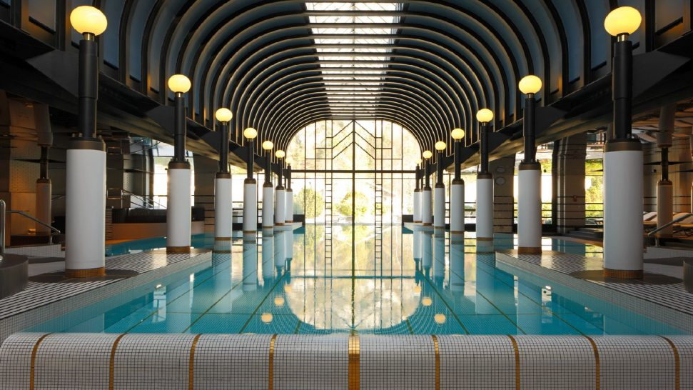 Victoria Jungfrau Interlaken Pool
