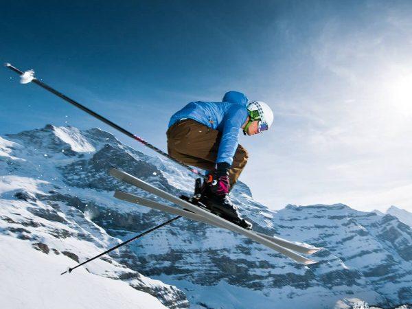 Victoria Jungfrau skiing