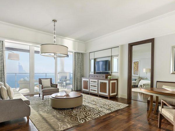 Waldorf Astoria Dubai Palm Jumeirah Deluxe-Suite Skyline Sea View Living Room
