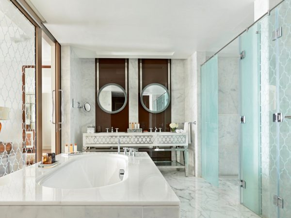 Waldorf Astoria Dubai Palm Jumeirah Suite Bath