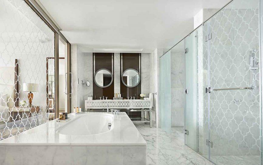Waldorf Astoria Dubai Palm Jumeirah Suite Bathroom