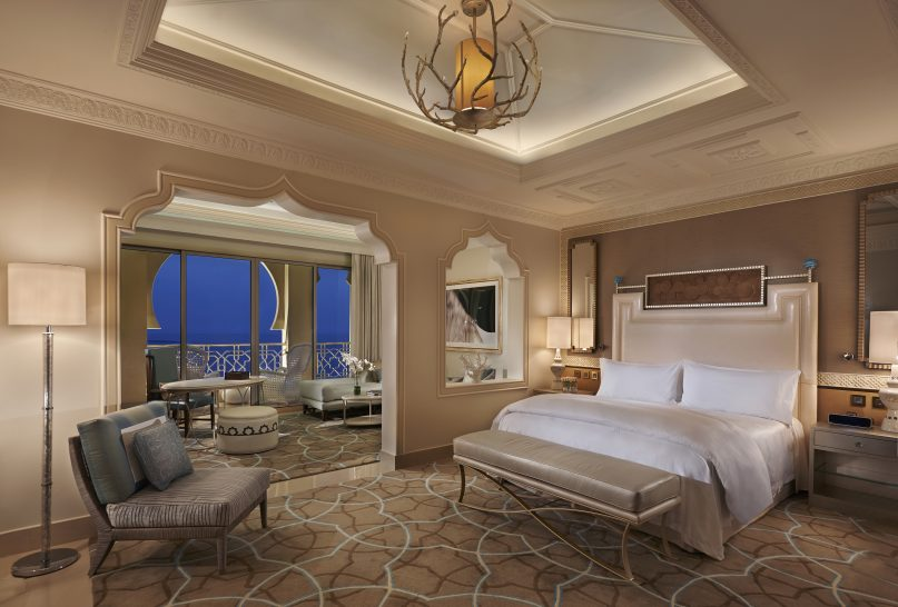 Waldorf Astoria Hotels & Resorts King Grand Junior Suite with Seaview and Balcony