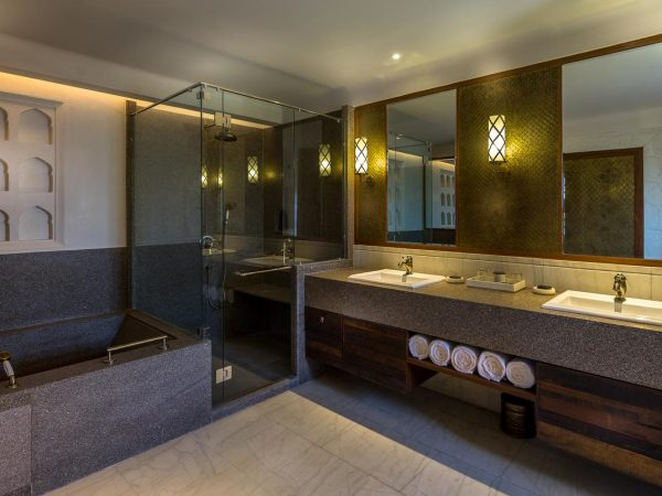 Alila Fort Bishangarh Bathroom