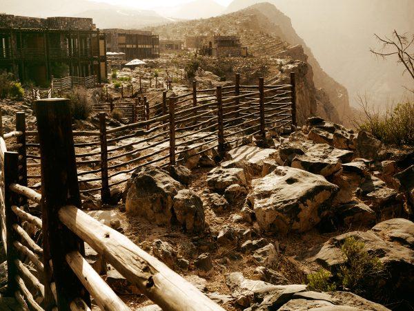Alila Jabal Akhdar Exterior Cliff