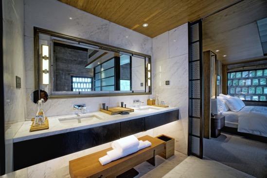 Alila Yangshuo Heritage Suite Bathroom