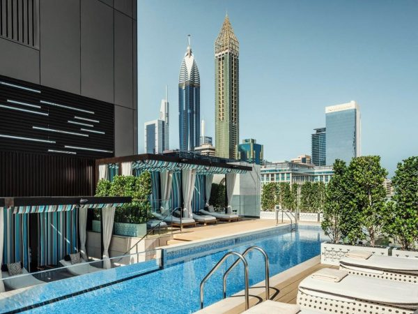 Four Seasons Dubai International Financial Center Pool
