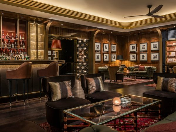 Four Seasons Hotel Dubai International Financial Centre churchill club