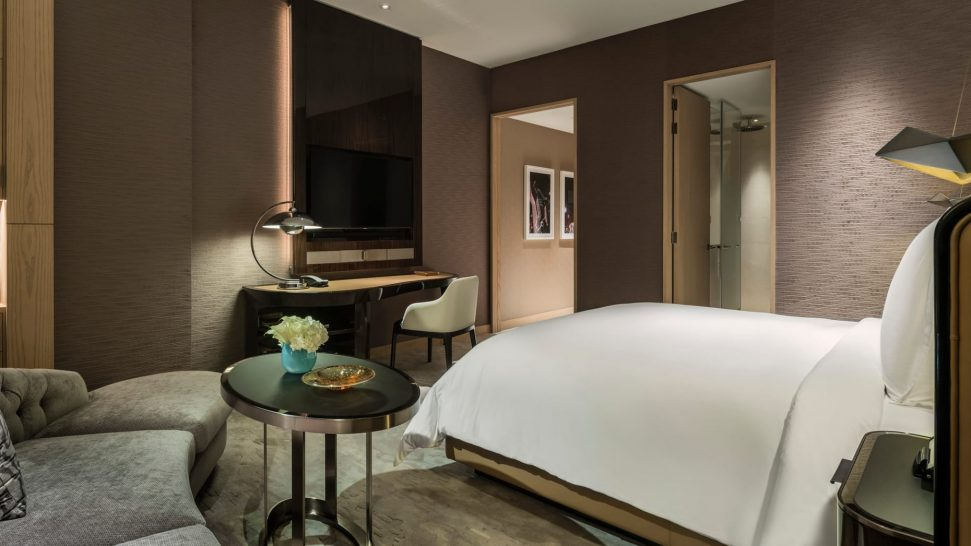 Four Seasons Hotel Dubai International Financial superior Room