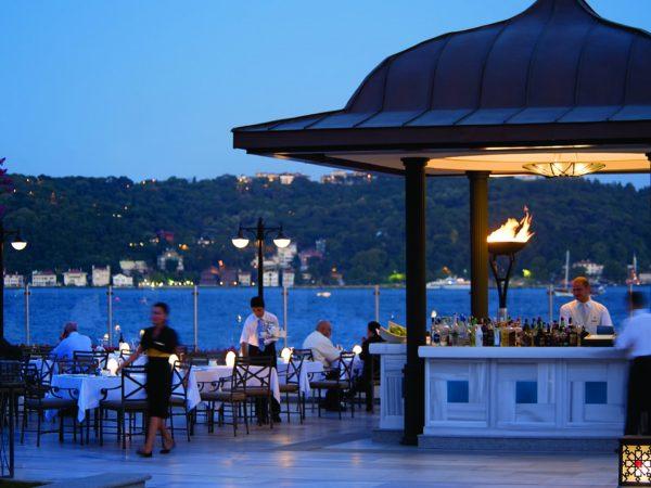 Four Seasons Hotel Istanbul At The Bosphorus Aqua