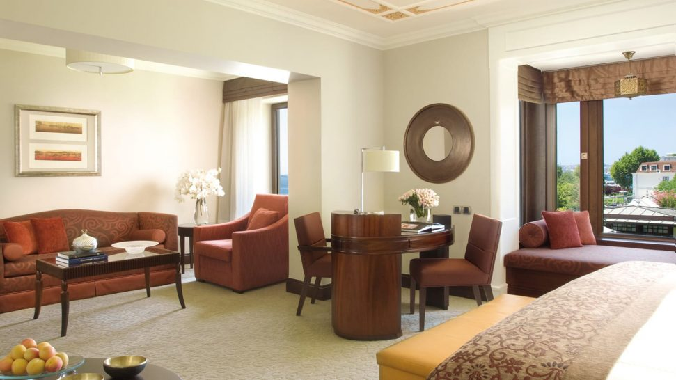 Four Seasons Hotel Istanbul At The Bosphorus Four Seasons Junior Suite