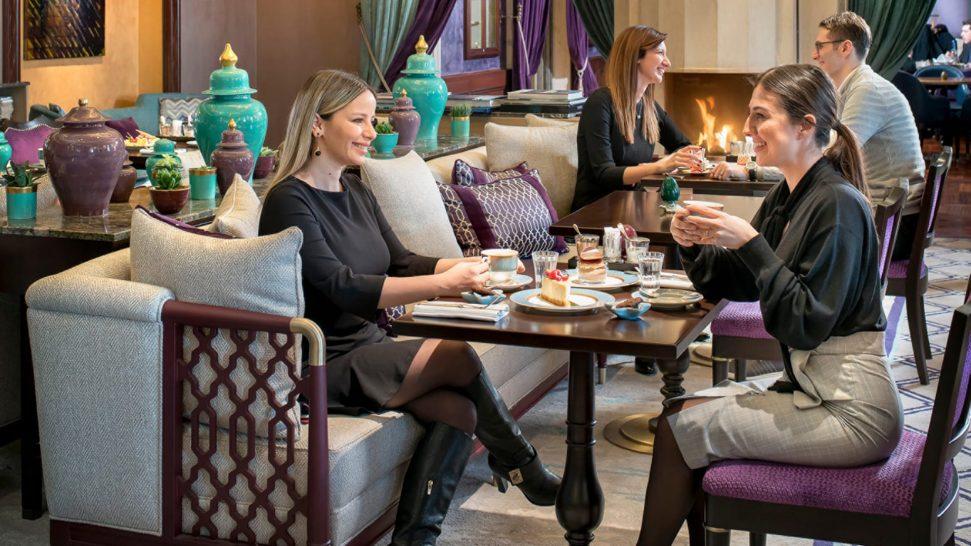 Four Seasons Hotel Istanbul At The Bosphorus Yali Lounge