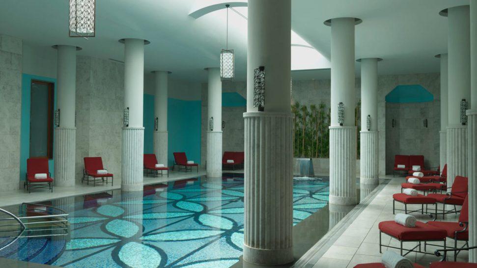 Four Seasons Hotel Istanbul At The Bosphorus indoor Pool